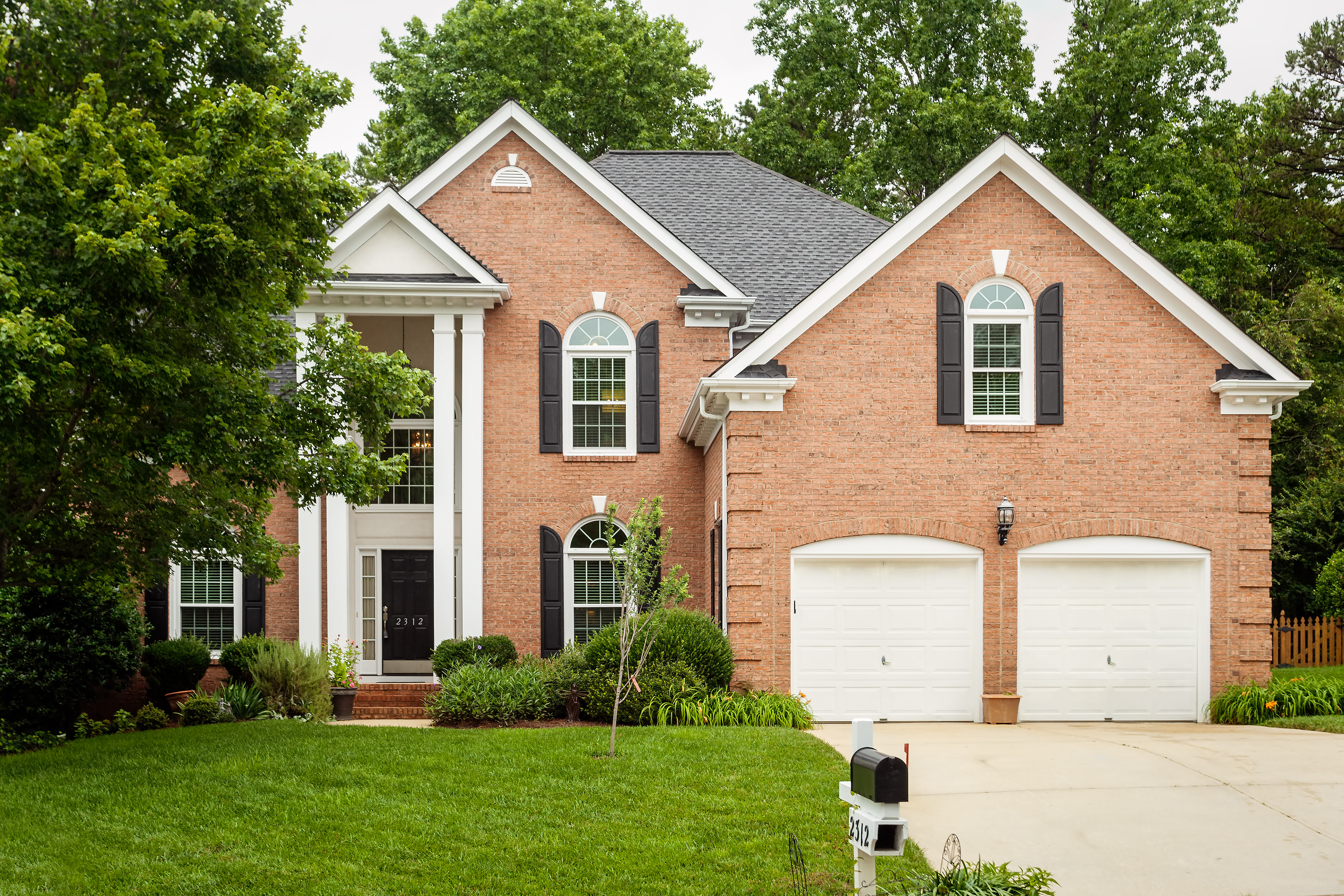 Just Listed By Don Anthony Realty 5 Bedroom 3 5 Bath Home For Sale In Charlotte Nc In