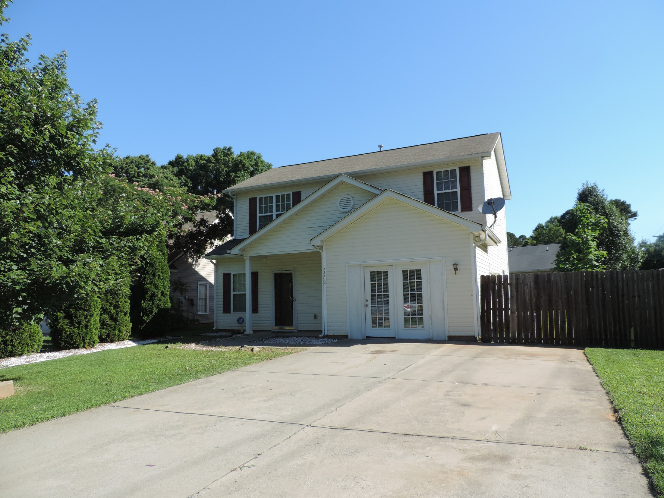 Just Listed By Don Anthony Realty 3 Bedroom 2 5 Bath Home For Sale In Charlo